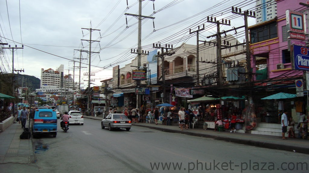 phuket photos daylife patong bangla road
