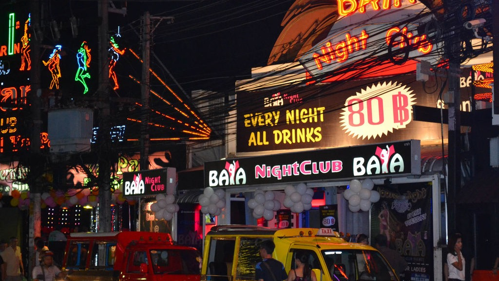phuket photos nightlife patong discoteque