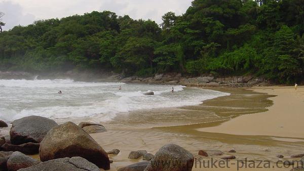 phuket photos beaches laem sing